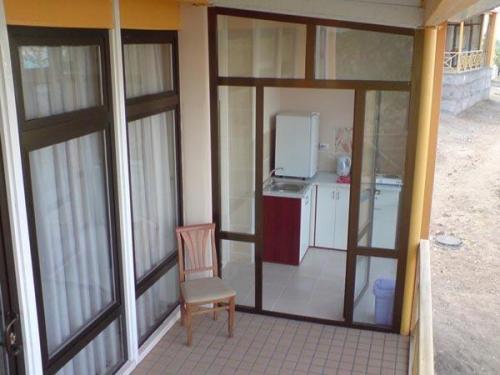 1005 - AVENUE PARK HOTEL