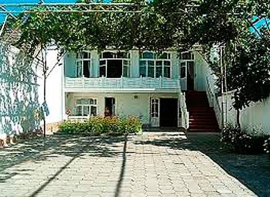 kadirov1 - Guest house of the Kadyrov family (Kokand)