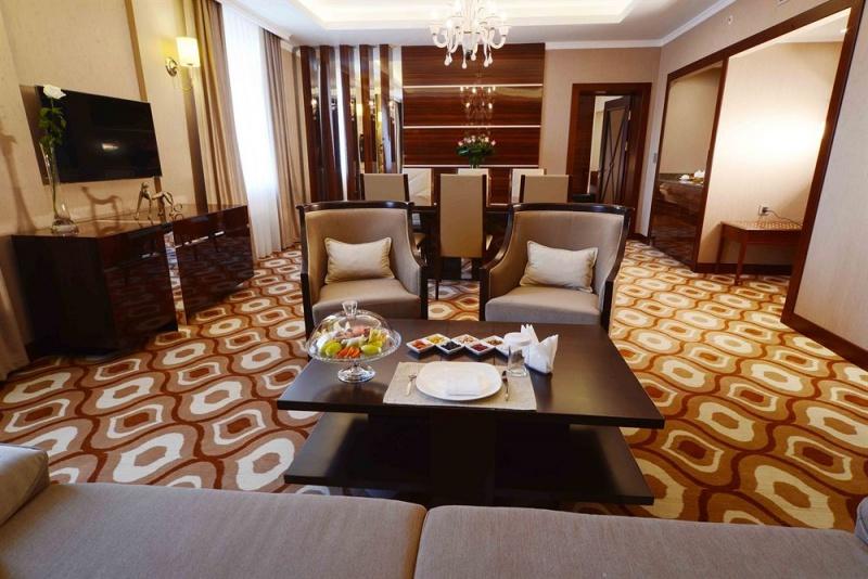 1454 - Lotte City Hotel Tashkent Palace