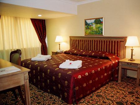 185 - Grand Mir Hotel