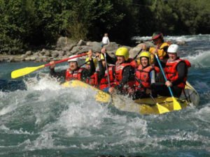 kaz rafting2 300x225 - Kazakh rafting: Feel the power of nature