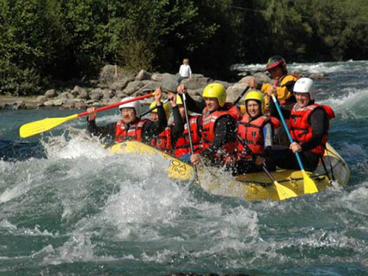 kaz rafting2 - Kazakh rafting: Feel the power of nature