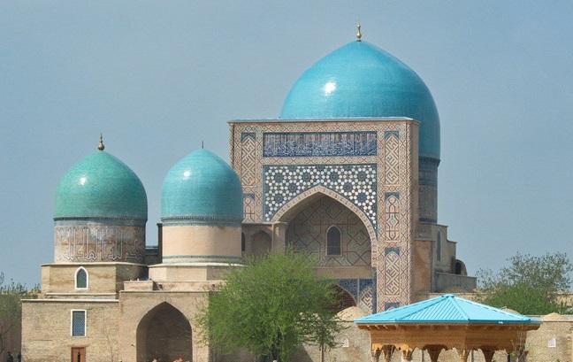kok gumbaz22 - New Year Tour along Uzbekistan