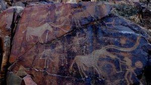 tanbaly6 300x169 - Petroglyphs Tanbaly
