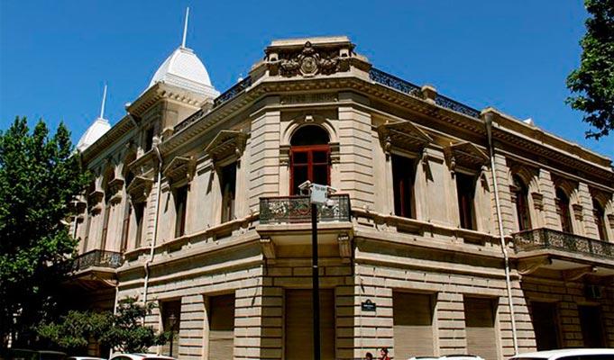 az muz ist6 - Museum of History of Azerbaijan