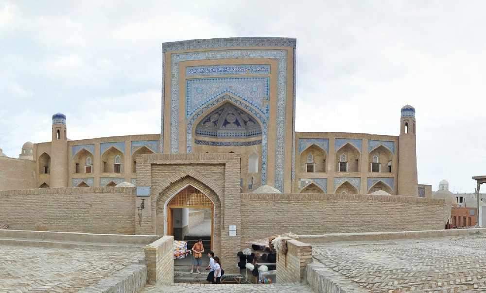 Кутлуг Мурад инакаи - Große Reise durch Usbekistan