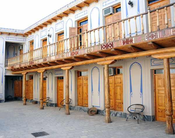 20091006094923 big - Lyabi House