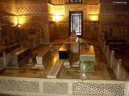 800 1 - HOW WAS THE TOMB IN GUR-EMIR OPENED?