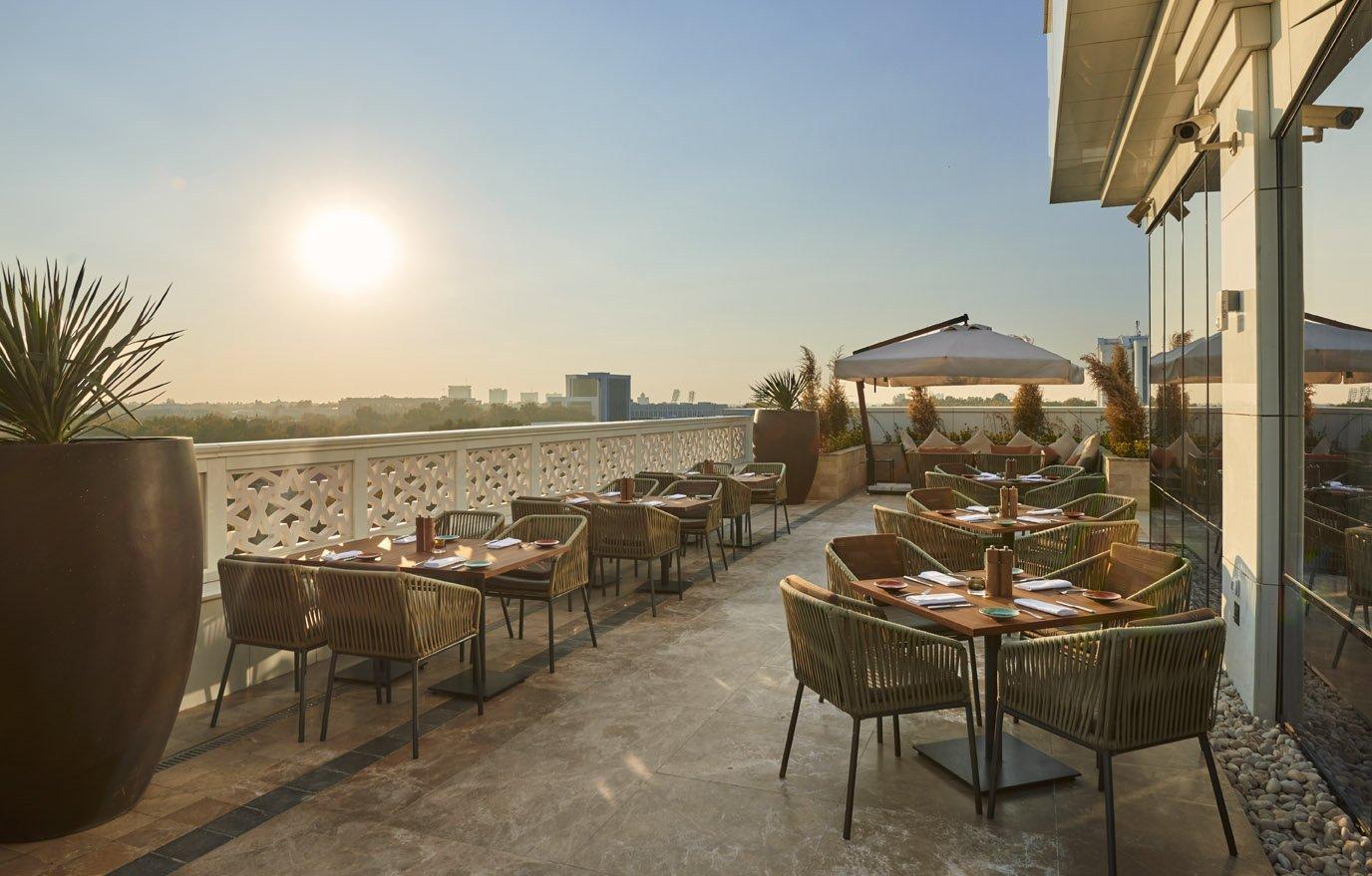 Sette Bistro Terrace - Hyatt Regency