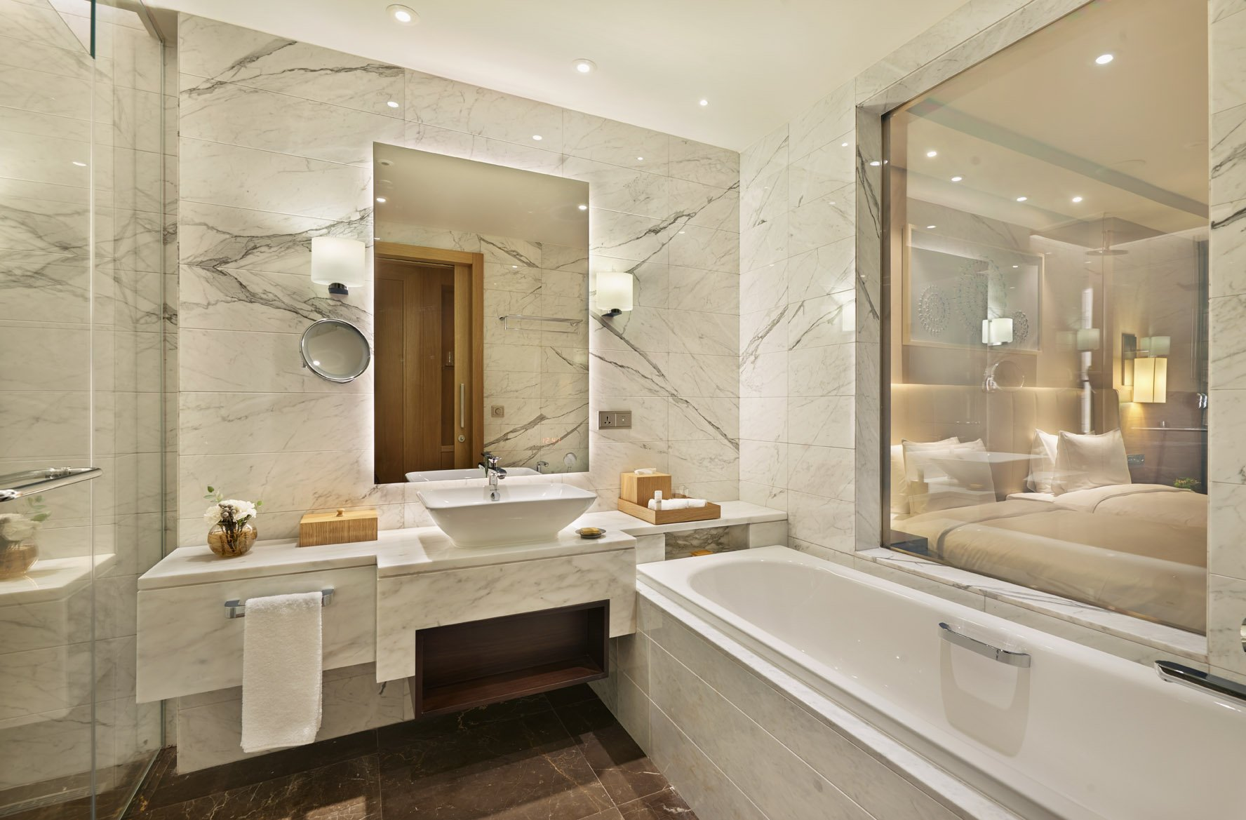 Twin Bathroom - Hyatt Regency