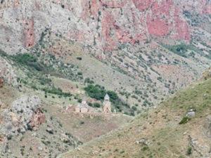 arpi1 300x225 - Ущелье Арпи