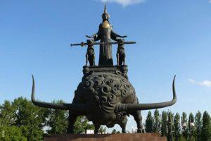astana kuda shodit1 300x200 - Туристам на заметку: что посмотреть в Астане?