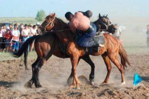 audarispak1 300x200 - Национальная борьба Аударыспак