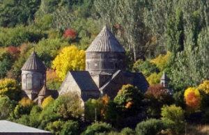 kecharis monast5 300x194 - Монастырский комплекс Кечарис