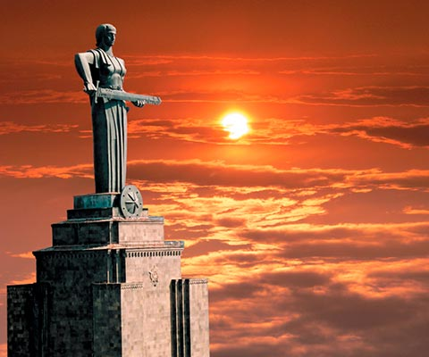 mat armeniya4 - Монумент «Мать-Армения»