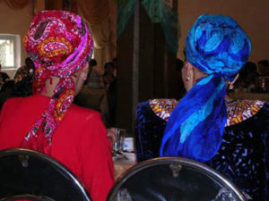 platki turkmen1 300x225 - Традиционный национальный платок