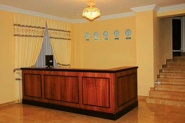 reception1 - City Hotel