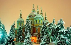 sobor almaty1 1 300x190 - Вознесенский Кафедральный собор Алматы