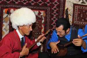 turkmen musik1 300x200 - Туркменистан: музыка и песни