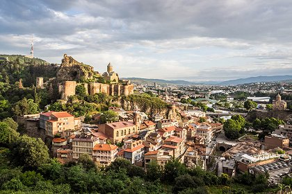 Panoramny Vid Na Tbilisi I Krepost Narikalu1 croped - Weekend in Georgia
