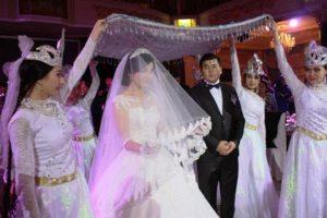 713315220 105042 croped 300x200 - Свадебный обряд