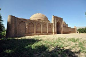 Мавзолей и медресе Ходжа Машхад. Таджикистан